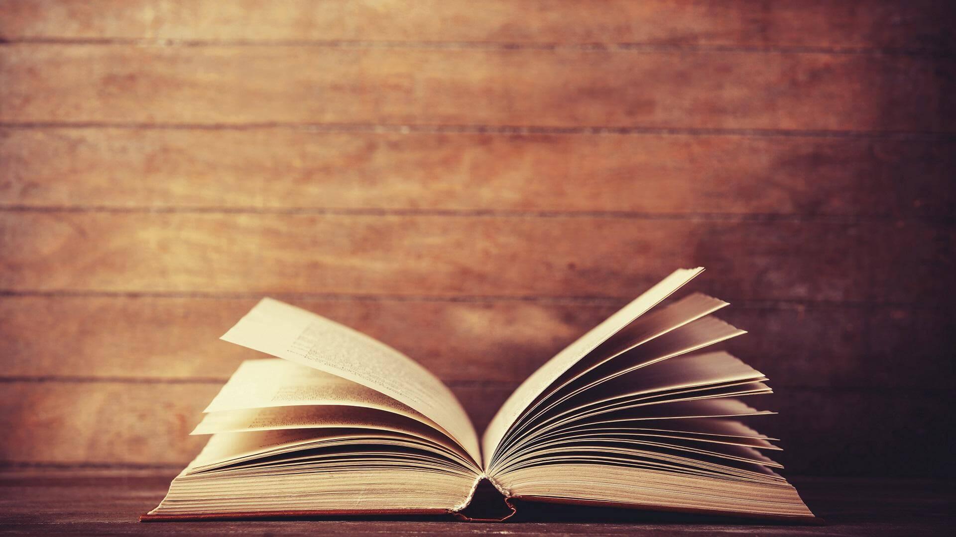 La lista definitiva dei migliori libri di Musica Elettronica (e non solo)